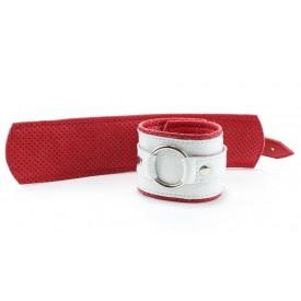 Бело-красные кожаные наручники с кольцом